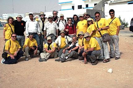 Foto amb els saharians del Raid PURAVIDA